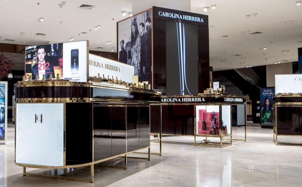 Branded Displays (Walls & Gondolas)